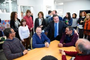 inauguración del centro de día de la Asociación de las Encinas por Emiliano García Page
