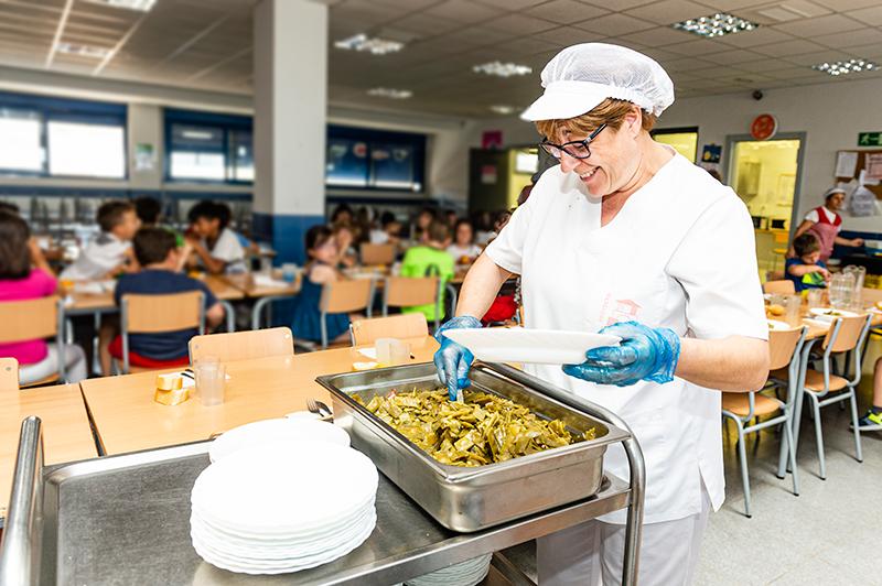 Proyecto Labor CEE con servicios de catering jardinería y ...