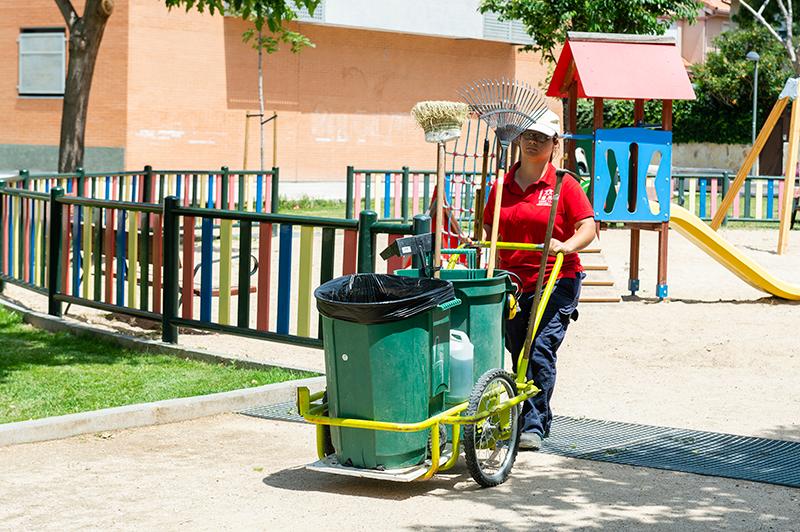 Servicios de Limpieza Exterior en parques y jardines